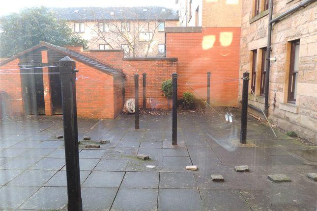 Communal Gardens of 0/2, Victoria Street, Rutherglen, Glasgow G73