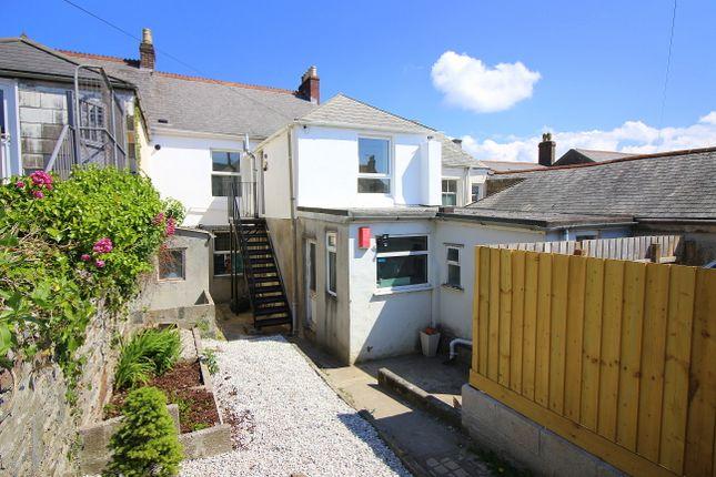 Thumbnail Flat to rent in Victoria Lane, Saltash