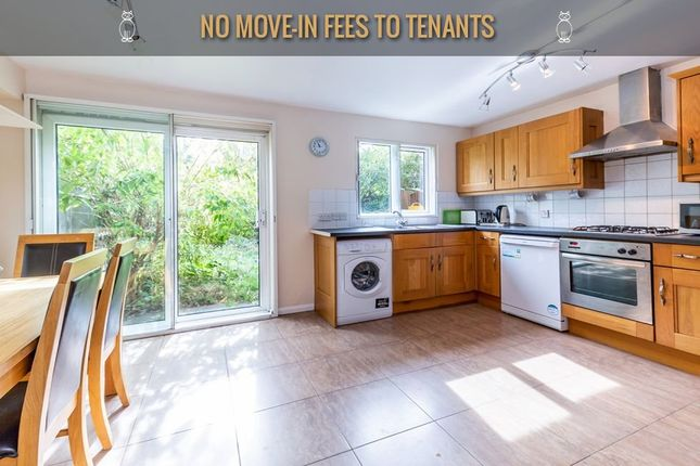 Thumbnail Town house to rent in Bunning Way, London