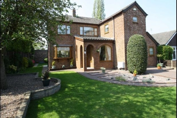 Thumbnail Property to rent in Portloe Road, Heald Green