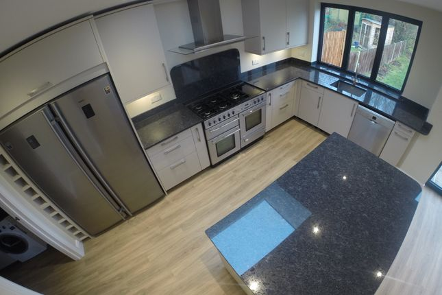 Thumbnail Detached house to rent in Kings Hall Road, Beckenham