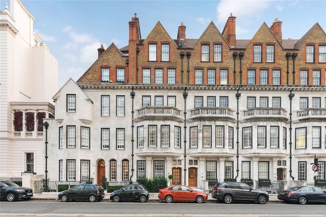 Thumbnail Property for sale in Eaton Gate, Belgravia, London