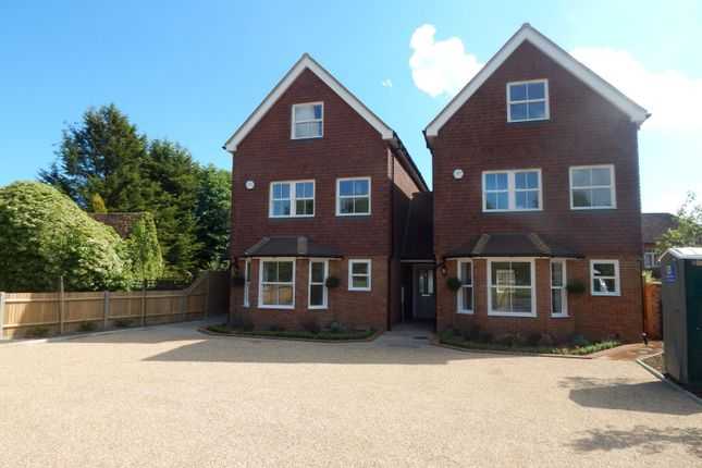 Thumbnail Detached house to rent in The Common, Cranleigh
