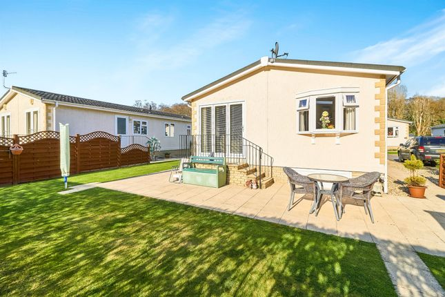 Thumbnail Mobile/park home for sale in Plymvalley Meadow, Leigham Manor Drive, Plymouth