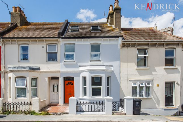 Thumbnail Semi-detached house to rent in Queens Park Mews, Queens Park Rise, Brighton