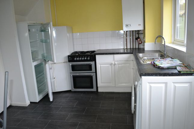 Thumbnail Terraced house to rent in Greywell Avenue, Lordswood, Southampton