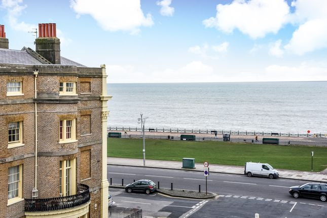 Thumbnail Duplex to rent in Lansdowne Place, Hove