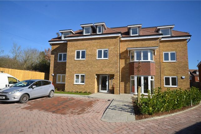 Thumbnail Flat for sale in Guildford Road, Bisley, Woking