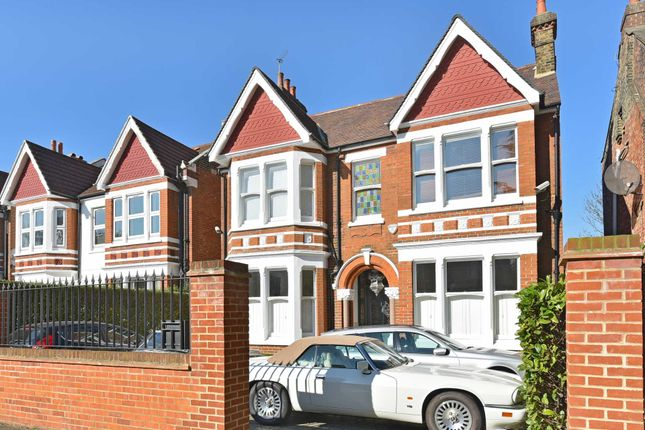 Thumbnail Detached house to rent in Creffield Road, London
