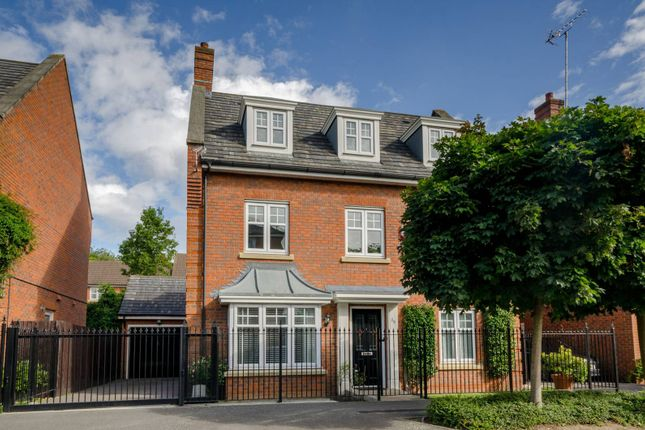 Thumbnail Property for sale in Tavistock Avenue, Mill Hill East