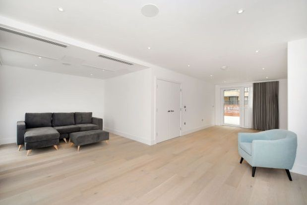 Thumbnail Flat to rent in Central Avenue, Fulham Riverside, Parsons Green, London