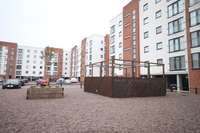 Thumbnail Flat to rent in Pilgrims Way, Ladywell Point, Salford