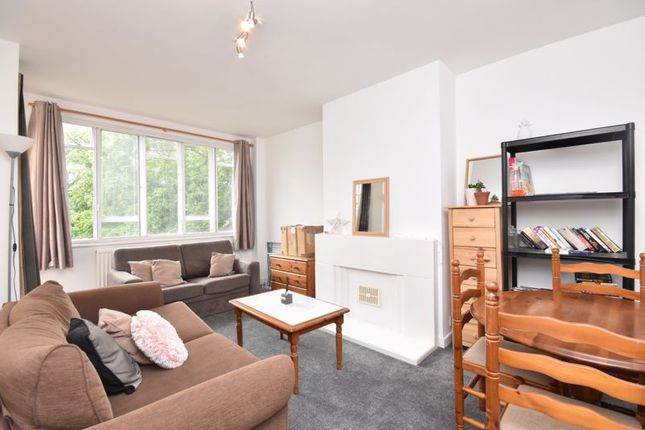 Living Room of Nightingale Lane, London SW12