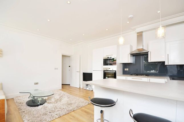 Thumbnail Flat to rent in Catherine Road, Surbiton