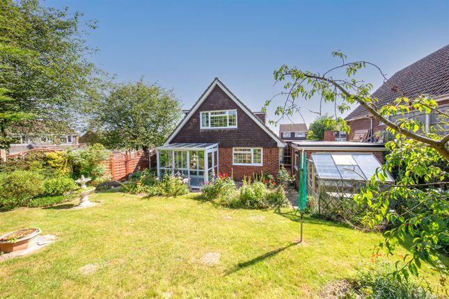 Thumbnail Detached bungalow for sale in Morland Close, Dunstable, Bedfordshire