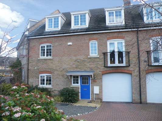 Thumbnail Town house to rent in Lady Charlotte Road, Hampton Hargate, Peterborough