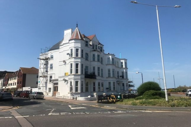 2 bed flat to rent in Cleveland Court Queens Parade, Cliftonville, Margate CT9
