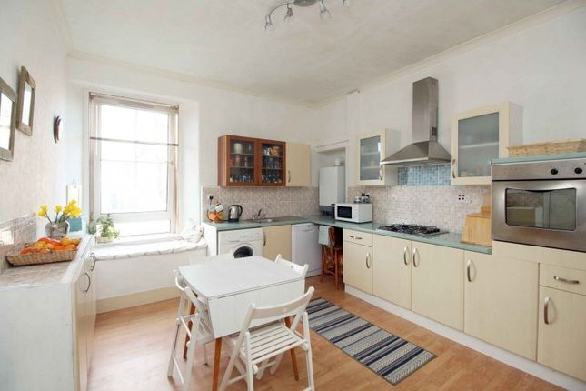 Thumbnail Flat for sale in Russell Place, Kirkcaldy, Fife