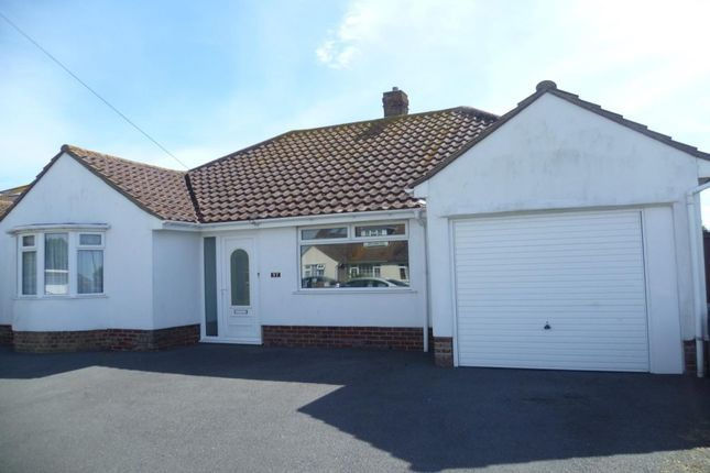 Thumbnail Bungalow to rent in Piddinghoe Avenue, Peacehaven