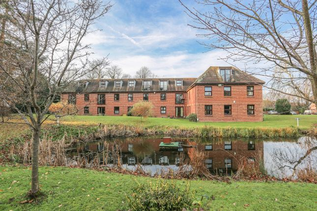 Thumbnail Flat for sale in Delves House, Ringmer, Lewes