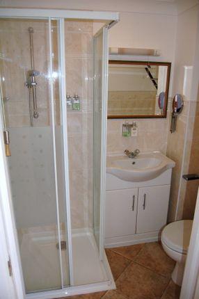 Room 8 Ensuite of Moniton Estate, West Ham Lane, Basingstoke RG22