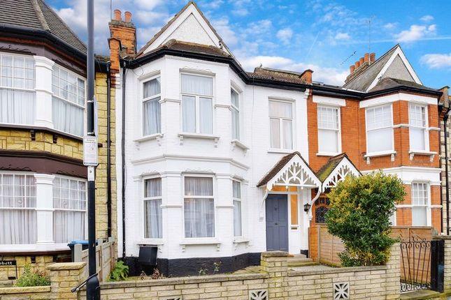 3 bed terraced house for sale in Kelvin Avenue, London