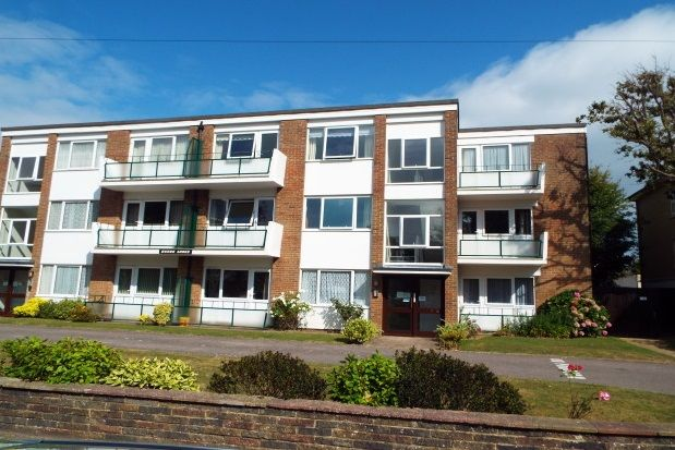 Thumbnail Property to rent in Heene Road, Worthing