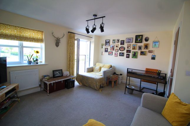 Living Room of Gwendolyn Drive, Binley, Coventry CV3