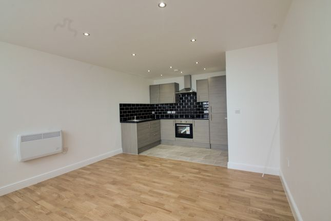 Thumbnail Flat to rent in York Towers, 383 York Road, Leeds, West Yorkshire