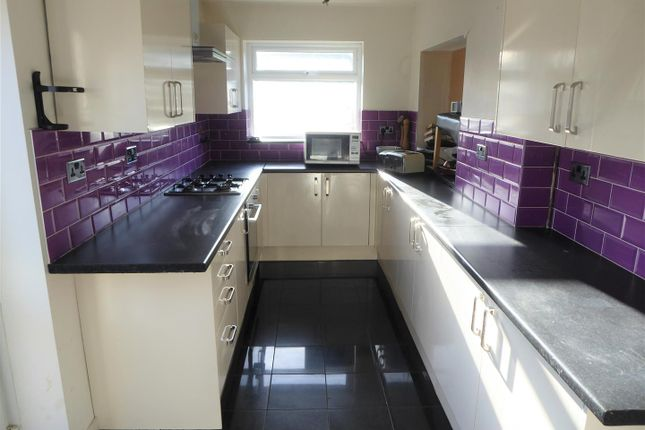 Extended Kitchen of Lindsay Close, Stanwell, Staines-Upon-Thames TW19