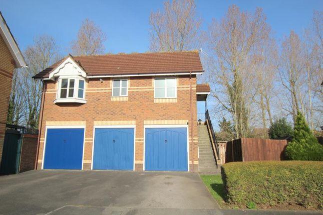 Thumbnail Flat to rent in Heron Gardens, Portishead, Bristol