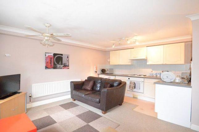 Thumbnail Maisonette to rent in Scotts Corner, The Harrow Way, Basingstoke