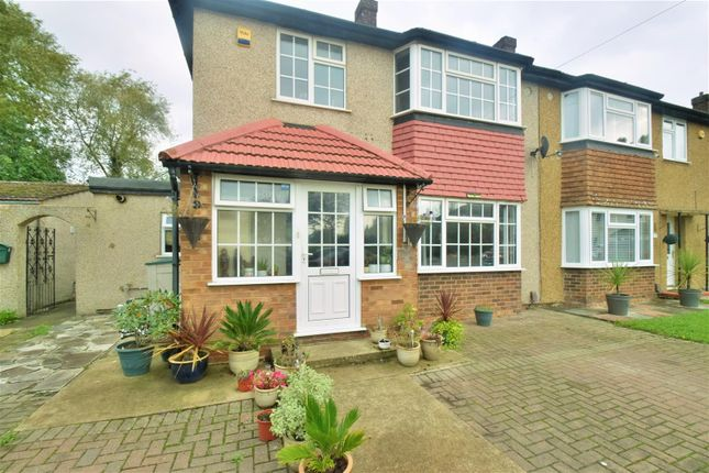 Thumbnail Semi-detached house to rent in Rutters Close, West Drayton