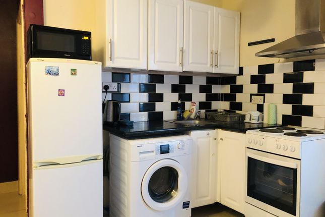 Thumbnail Flat to rent in Mill Farm Business Park, Millfield Road, Hounslow