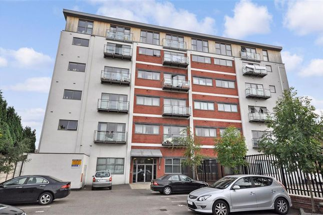 Thumbnail Flat for sale in Ley Street, Ilford, Essex
