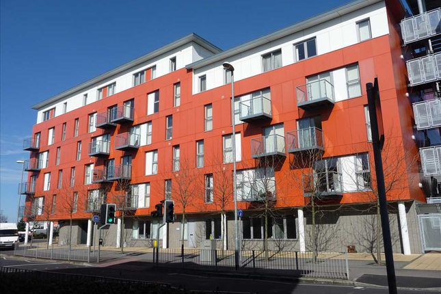 Thumbnail Flat to rent in Horizon Building, Goldsmith Avenue, Portsmouth