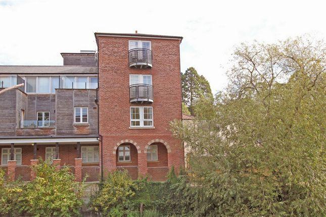 2 bed flat to rent in Bridge Yard, Bradford-On-Avon, Wiltshire
