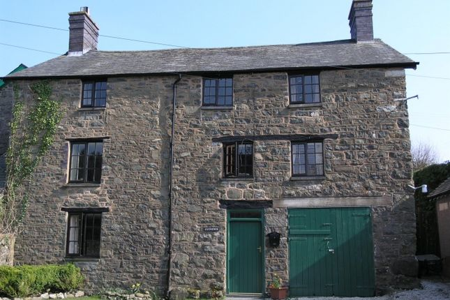 Thumbnail Country house to rent in Pandy Lane, Llanbrynmair