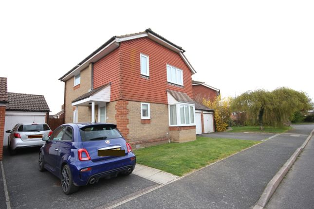 Thumbnail Detached house for sale in Hawkwood, Allington
