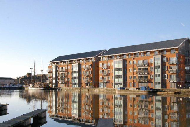 2 bed flat to rent in The Docks, Gloucester GL1
