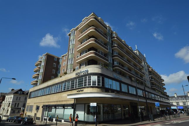 3 bed flat for sale in St. Johns Court, Finchley Road