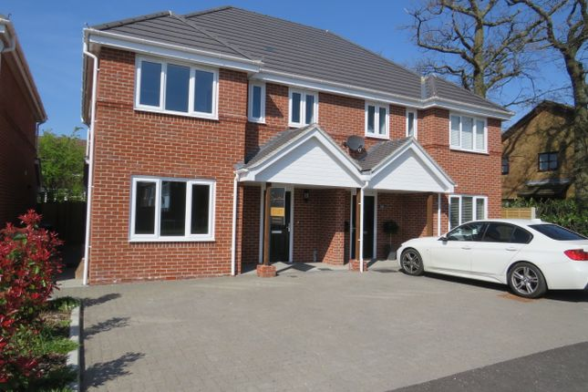 Thumbnail Semi-detached house to rent in Highlands Road, Fareham
