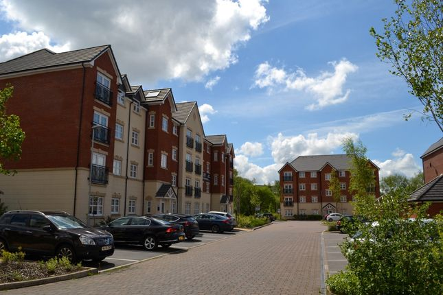 Thumbnail Flat for sale in Astley Brook Close, Bolton