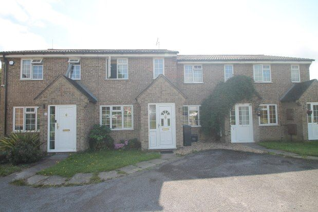 Thumbnail Property to rent in Fairstone Court, Horley