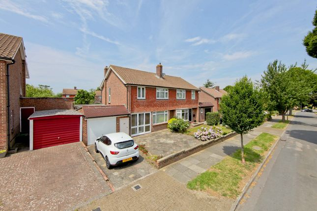Thumbnail Semi-detached house to rent in Oakley Drive, Bromley