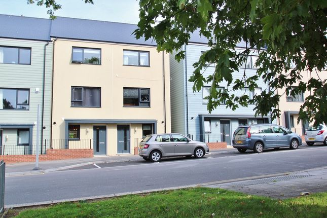 Thumbnail Town house for sale in Granby Way, Devonport, Plymouth
