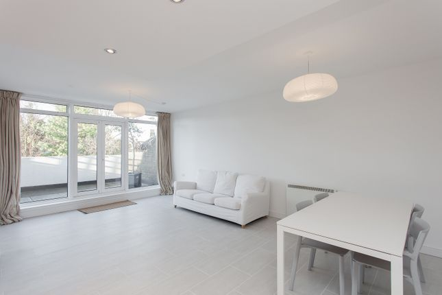 Thumbnail Flat to rent in South Croxted Road, West Dulwich