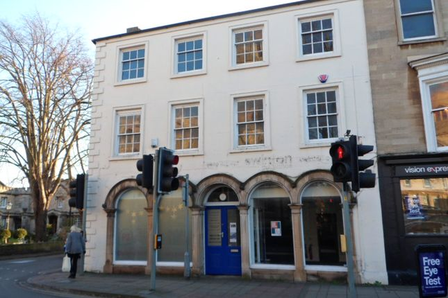 Thumbnail Retail premises for sale in Market Place, Sleaford