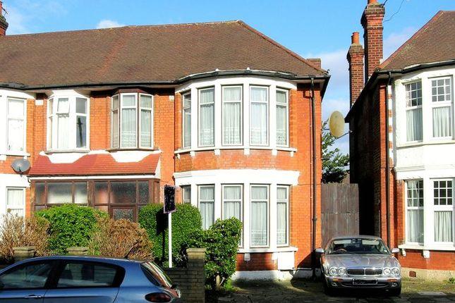 Terraced House For Sale In Berkshire Gardens, London