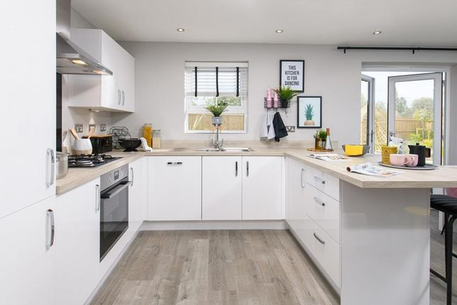 Inside View 4 Bedroom Chester Open-Plan Kitchen